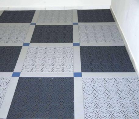 der wintergarten mit dekorativen bodenfliesen. Black Bedroom Furniture Sets. Home Design Ideas